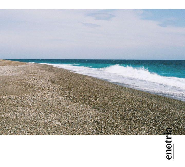 Ci lasci senza fiato sempre. Di mare pure raccontiamo, in #CantinaEnotria. #91 #PostCard, cartoline…